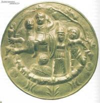 Фалар с чеканным рельефным изображением мифологической сцены, относящейся к культу Диониса.