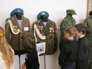 Военная форма в музее. Фото 2014 г.
